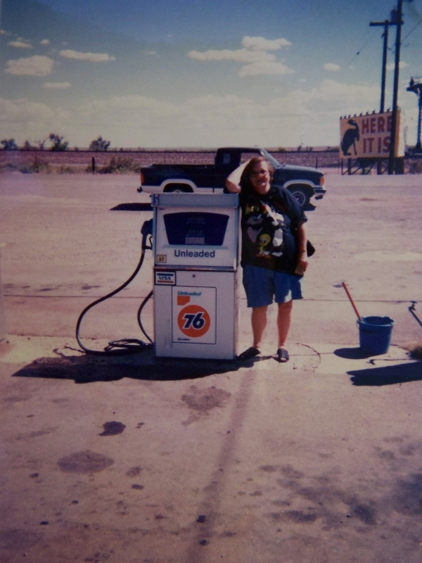 Mom Gas Pump 1996